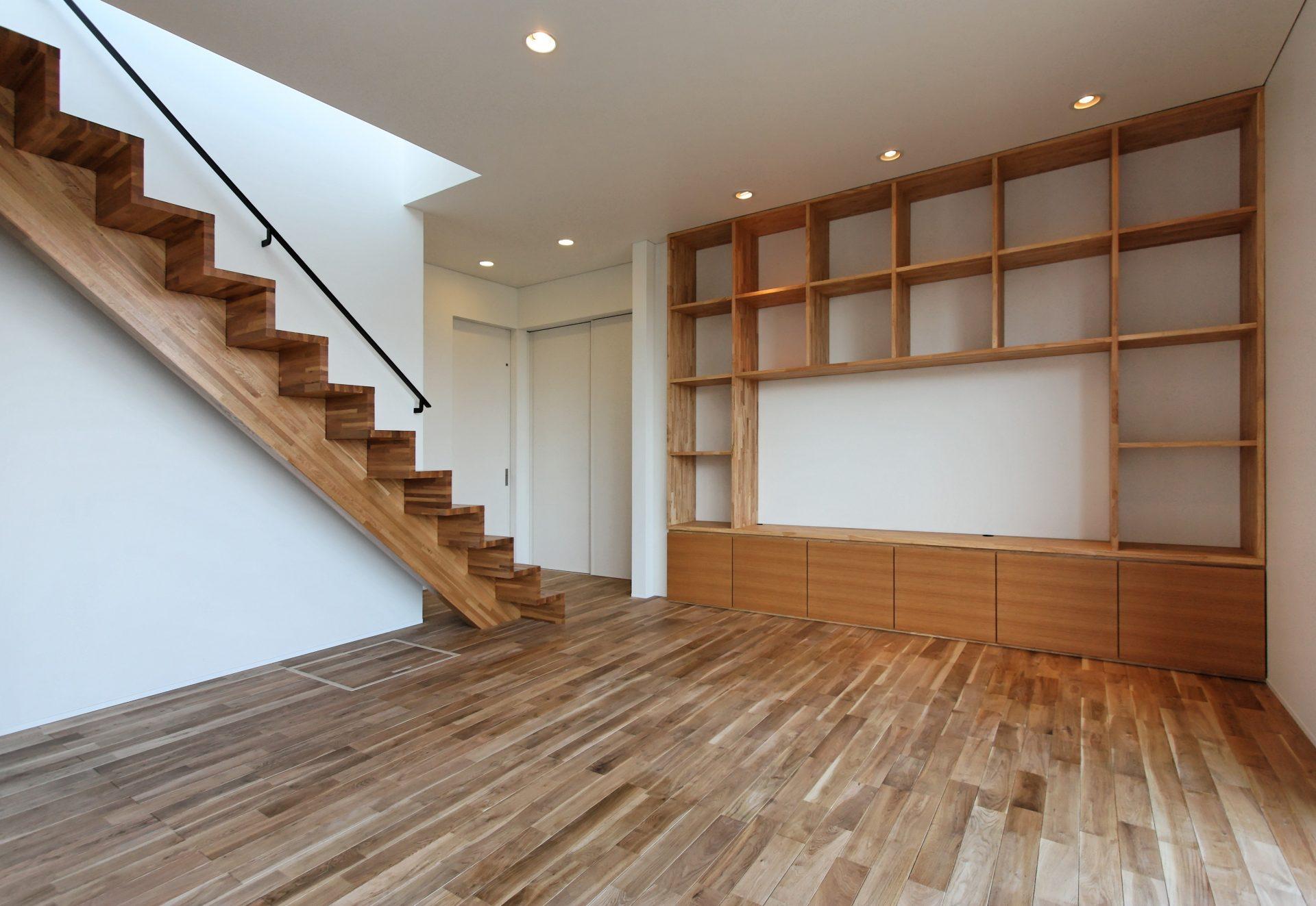 壁面いっぱいの収納家具 大工さんと家具屋さんのコラボ