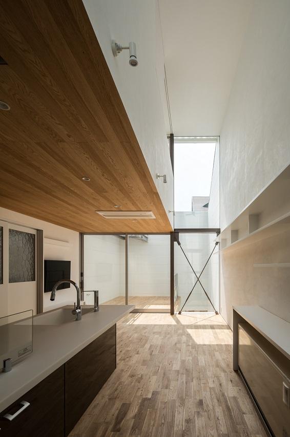 山坂の家 <太陽光発電システム有り>