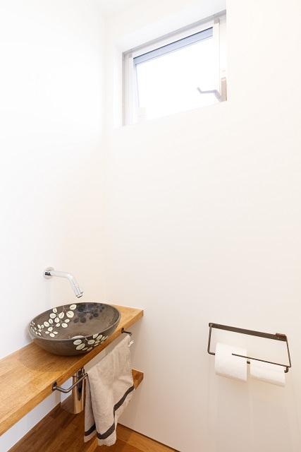世界にたったひとつだけの陶器洗面ボウル