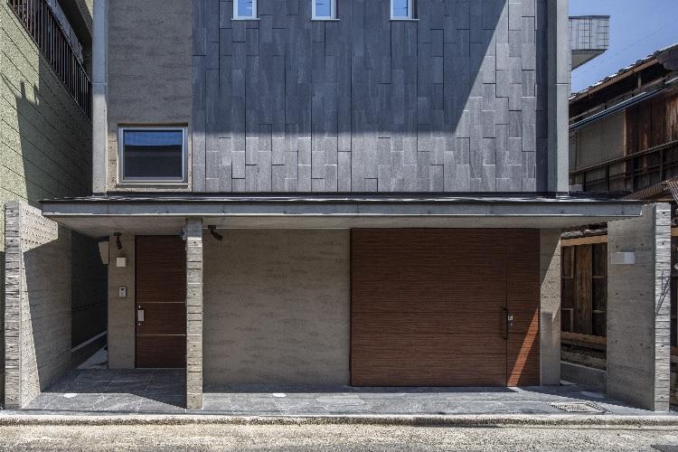 狭小地に建つRC造住宅